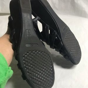 A2 By Aerosoles Shoes - $5 IF BUNDLED. AEROSOLES  black sandals SZ 8